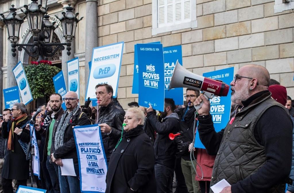 Adhara (Sevilla) y Apoyo Positivo (Madrid) se adhieren a las demandas de la Plataforma Gais Contra el VIH